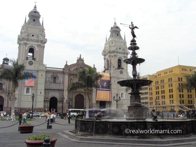 Peru with kids, plaza de Armas Lima Cathedral